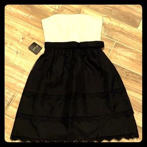 New! White House Black Market Women's Dress